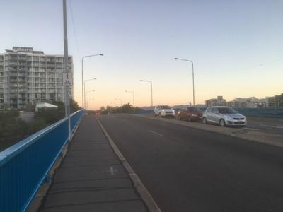 ダウンズビルの橋