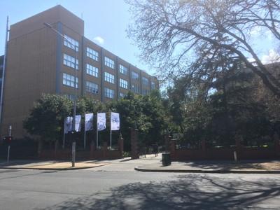 メルボルン大学