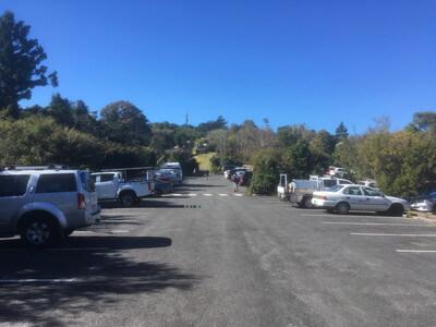 ラミントン国立公園の駐車場