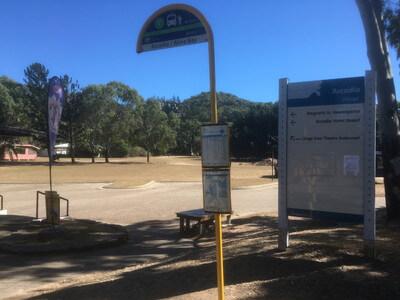 Alma Bayのバス停