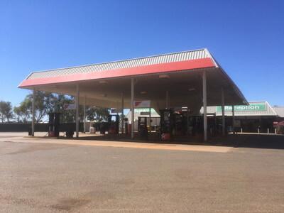 MARLAのガソリンスタンド
