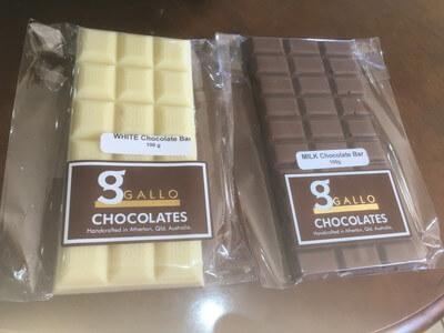 ホワイトチョコとミルクチョコ