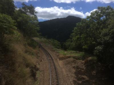 キュランダ鉄道の線路