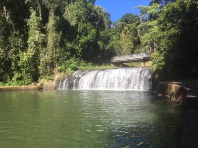マランダ滝
