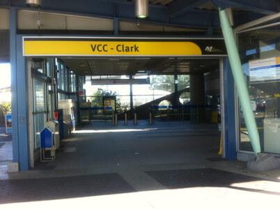 Vcc-Clark駅