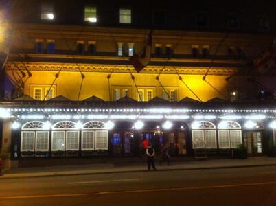モントリオールのリッツカールトンホテル