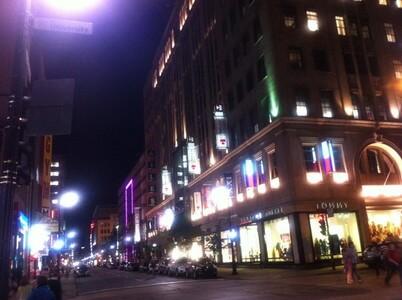 モントリオールのサント・カトリーヌ通り