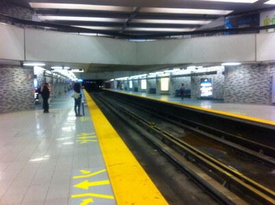 モントリオールの地下鉄