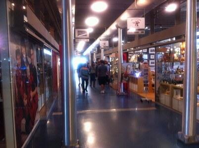 ボンスクールマーケット