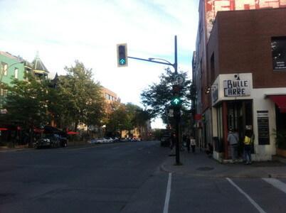 モントリオールのサン・ロラン通り