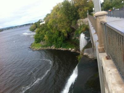 リドー川の水門