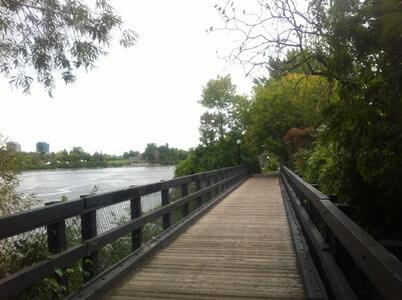 ウタウエ川