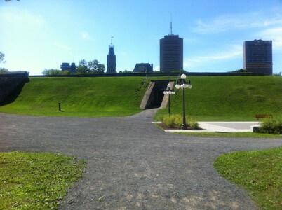 歩兵公園のカン門
