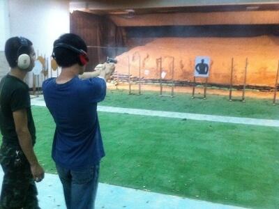バンコクの安い射撃体験ツアー