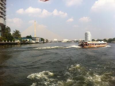 バンコクのチャオプラヤ川