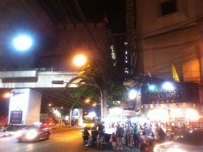 バンコクのNana駅周辺