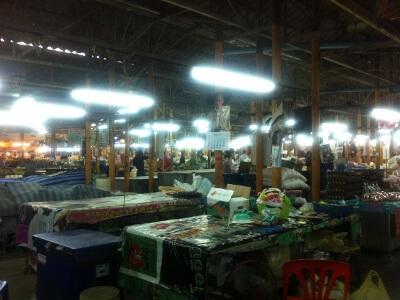 ソンバクホーイ市場