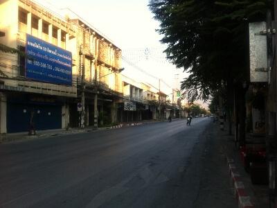 チェンマイのチャルン・ムアン通り