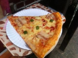 ピピ島のピザ屋