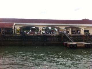 ピピ島の港