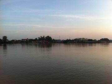 プノンペンのメコン川沿い