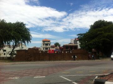 マラッカ川沿いの要塞
