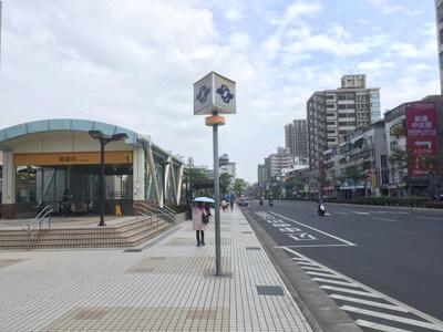 台北の廻龍駅