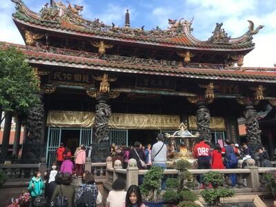 台北の龍山寺
