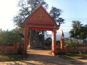バンビエンのお寺