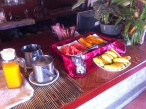 バンビエンのホテルの朝食