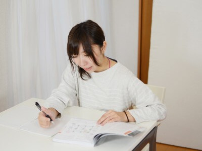 独り言で英語のスピーキングを伸ばす練習法