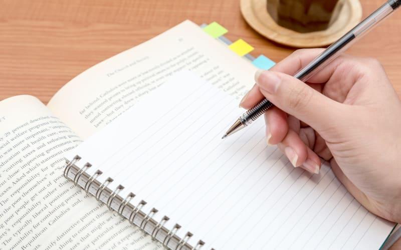 英語日記の書き方&お勧めフレーズ集
